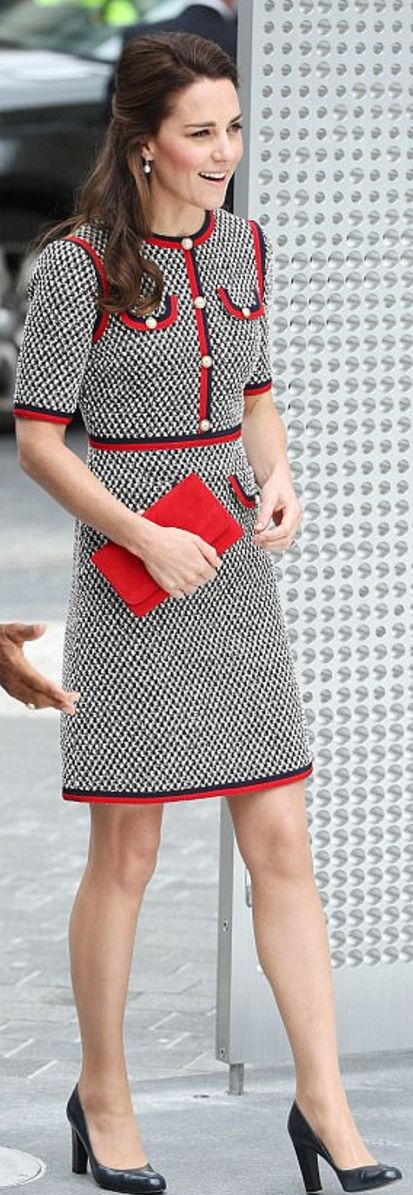 Who made  Kate Middleton's short sleeve tweed dress, black pumps, and pearl jewelry?