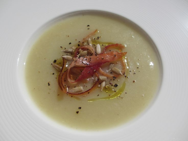 Fennel and potato soup with pumpkin seeds and crispy Speck  http://lamarcella.com/fennel-and-potato-soup-with-pumpkin-seeds-and-crispy-speck/