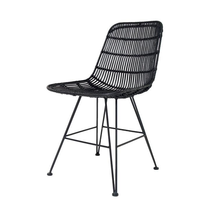 De HKliving Rotan Stoel is een mooie simpele en sfeervolle stoel. De stoel is gemaakt van Rotan, wat strak om het sterke metalen frame is gevlochten. Tip: combineer hem met verschillende kleuren stoelen aan de eettafel. Ook mooi als losse stoel!