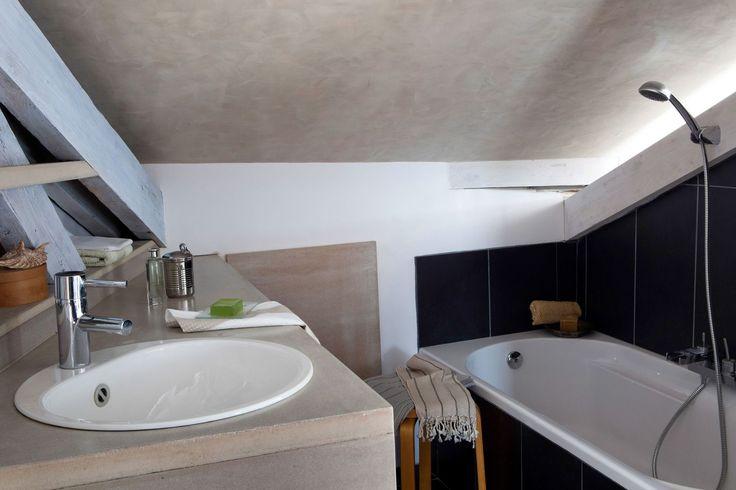 40 best mon premier appartement images on pinterest home ideas bedrooms and desks. Black Bedroom Furniture Sets. Home Design Ideas