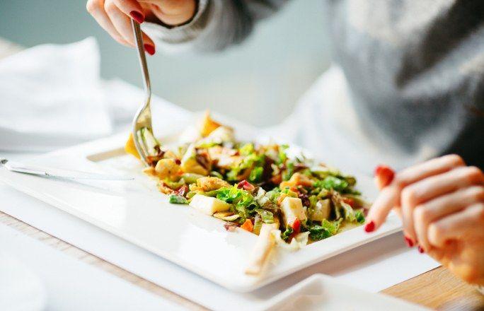 Dieta 1200 kalorii - zasady, co jeść