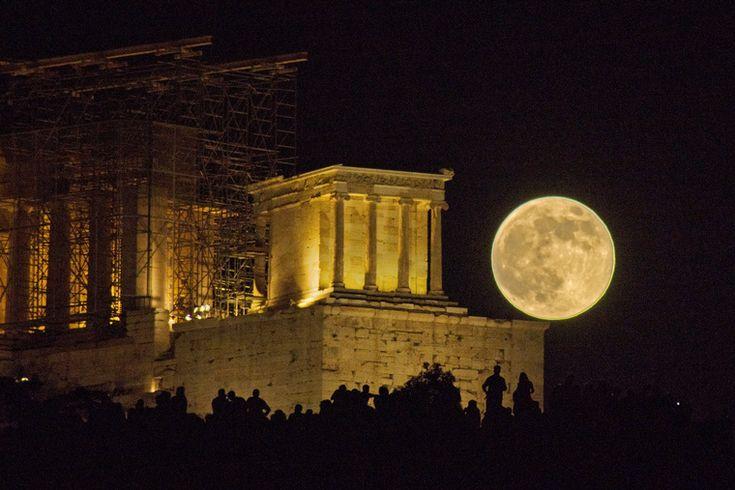 Hold: csak itt, csak most, 30 százalékkal fényesebb, 14 százalékkal nagyobb!
