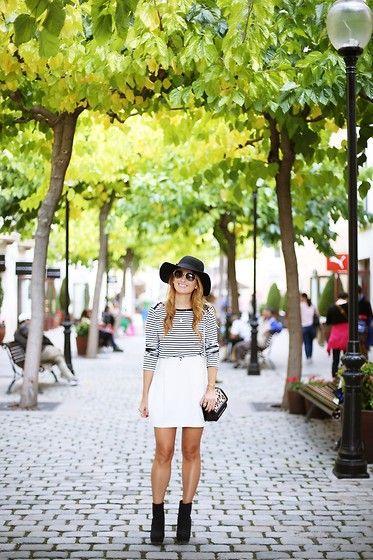 Get this look: http://lb.nu/look/7833692  More looks by A TRENDY  LIFE: http://lb.nu/atrendylife  Items in this look:  Cortefiel Top, Pedro Del Hierro Falda, Tous Bolso, Tous Gafas De Sol, Tous Joyas, Sarenza Botines   #casual #chic #elegant #trendy #camisetarayas #strippedtop #leopardbag #boots #cortefiel
