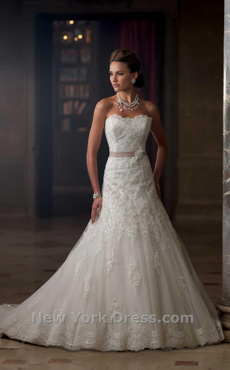 Strapless and backless wedding dress   best Even the dress was in tiers images on Pinterest  Short