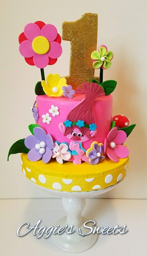 Trolls themed smash cake