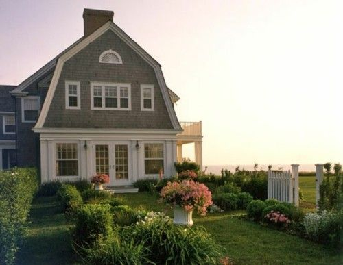 I can't wait until we build our beach house in Rhode Island. I love New England