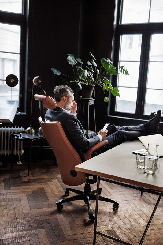 Looking for a top quality and top performance office chair?  HÅG Tribute is what you are looking for. #InspireGreatWork #design #Scandinavian #OfficeChair