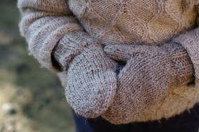 Jeudi matin, -8 °C, petites mains gelées et maman pas très fière.    Jeudi midi, après recherche de modèles et diverses tergiversations...