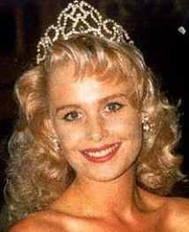 Diana Tilden-Davis miss South Africa 1991, 2nd runner up in the Miss World and sister or Janine Botbyl also a former Miss South Africa
