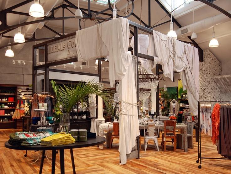 VM | Retail VM | Visual Merchandising | Home Adornment | Retail Design | Anthropologie London KingsRoad