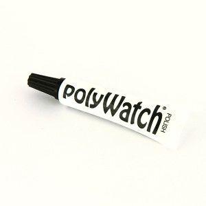 Le PolyWatch est une pâte vous permettant de polir vos montres et éliminer impuretés, griffures pour ainsi ravivervos montres. Le PolyWatch ne s'applique que sur le plastique et le plexiglas. Il peut s'utiliser sur les écrans de téléphone portable. Le tube de 5g est fourni avec 20 lingettes. Nous avons fait un tutoriel pour vous montrer comment utiliser ce produit : http://urlz.fr/25TH
