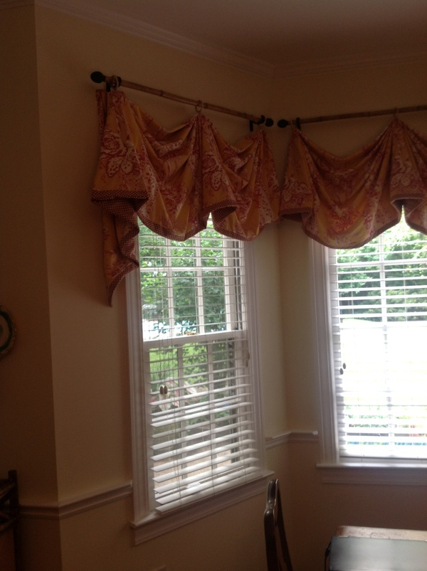 window treatments for bay windows the window treatment and shutters 191 decor 13211