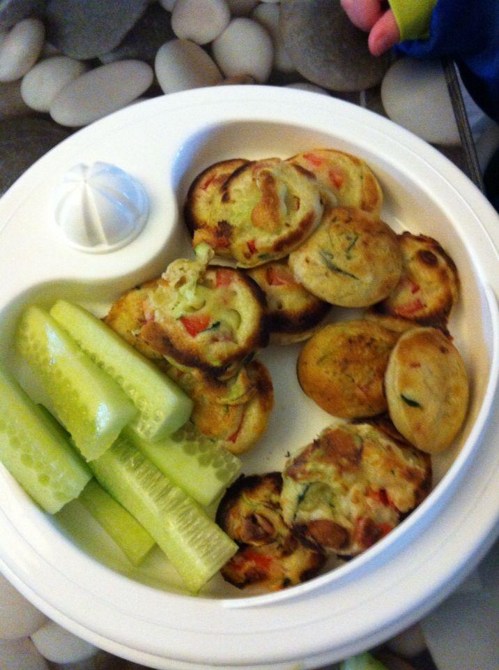 Poffertjes van courgette en paprika! Heerlijk zijn ze!