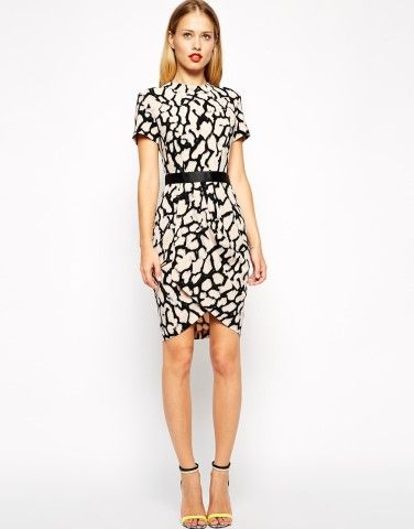 "* Dress by ASOS CollectionWoven crepe fabricCrew necklineContrast waistbandWrap skirtZip back fasteningRegular fit - true to sizeMachine wash97% Polyester, 3% ElastaneOur model wears a UK 8/EU 36/US 4 and is 175 cm/5'9"" tallABOUT ASOS COLLECTIONDirectional, exciting and diverse, the ASOS Collection makes and breaks the fashion rules. Scouring the globe for inspiration, our London based Design Team is inspired by fashion's most covetable trends; providing you with a cutting edge wardrobe…"