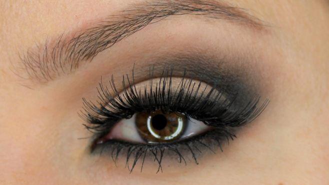Klasik Dumanlı Göz Makyajı Uygulaması - Gece veya özel günler için yapabileceğiniz klasik dumanlı göz makyajı tekniği (Classic Smokey Eye Makeup Video)