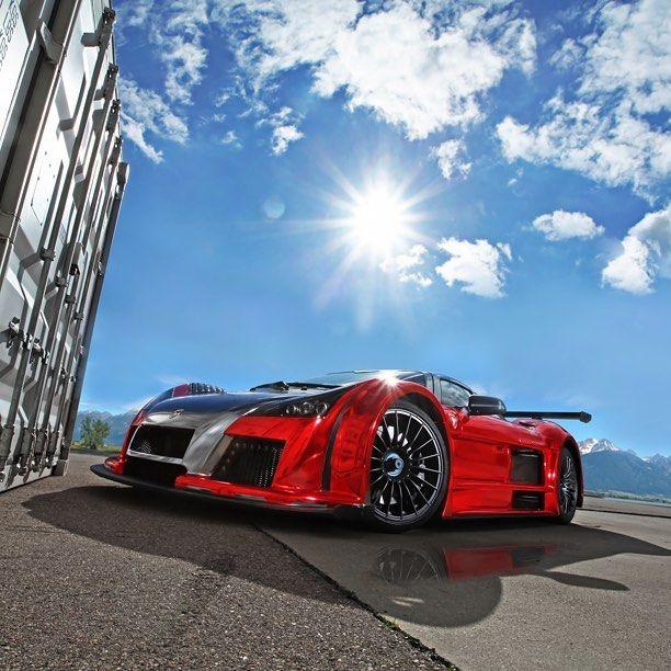 #Dream4You di oggi è #Gumpert #Apollo supercar tedesca dotata di un V8 da ben 650 CV! motorsquare.eu/it #autogespot #supercarsdaily700 #supercar #supercars #car #cars #cargram #carporn #carsofinstagram #carswithoutlimits #amazingcars247 #exotics #hypercars #automotivegramm #sportscars #carinstagram #fast #carlifestyle #carlife #Itswhitenoise #IGCar #superexoticscars #speed #road #wheels