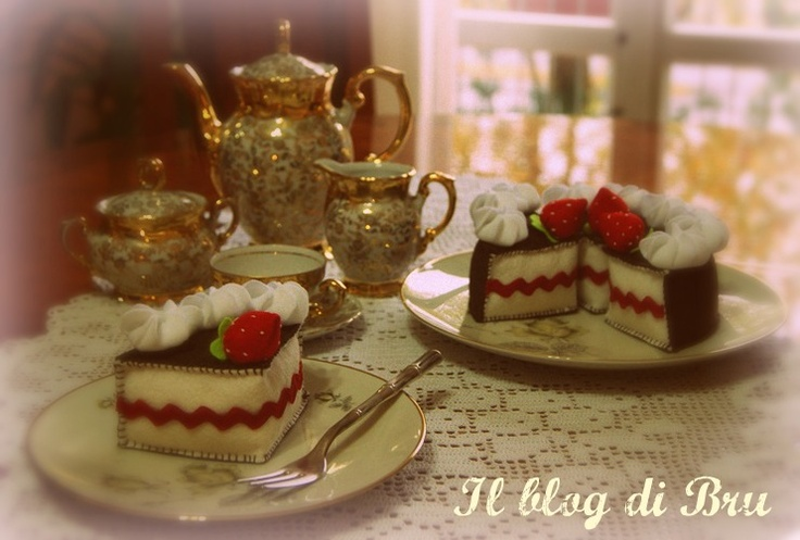 Cup of tea and a slice of cake © 2013 Brunella Saleri