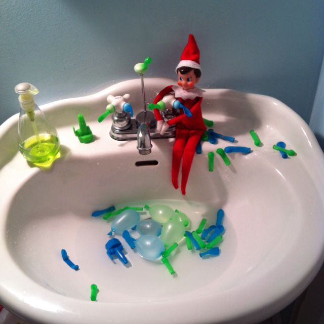 34 best birthday elf on the shelf images on pinterest for Water balloon christmas decorations
