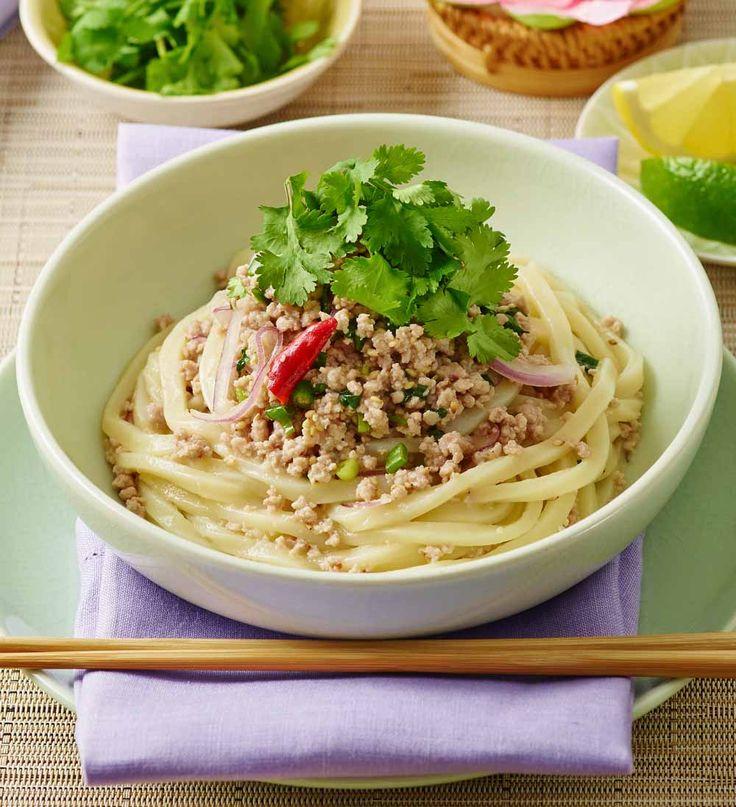タイ風ピリ辛うどん(パクチーのせ) | うどんレシピ | テーブルマーク株式会社