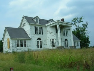 nashville, tennessee.  Abandoned houses make me sad because at one point they were someones dream homes..........
