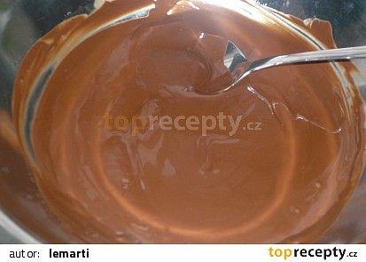 Čokoládová poleva s nutellou recept - TopRecepty.cz