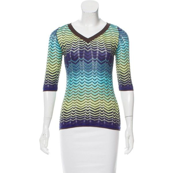 Pre-owned M Missoni Intarsia Knit Short Sleeve Top (£38) ❤ liked on Polyvore featuring tops, purple, short sleeve tops, knit top, purple top, m missoni and multi color tops