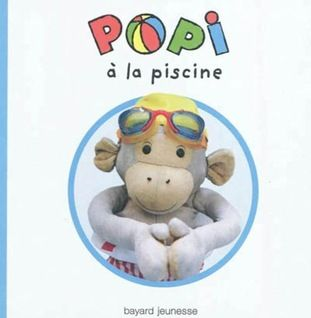 Popi à la piscine, £6.25 from The Bilingual Bookshop
