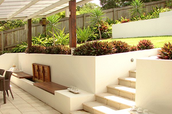 http://mylandscapingbrisbane.com/portfolio/block-rendered-retaining-walls-brisbane/ Rendered retaining walls Brisbane. Center tier