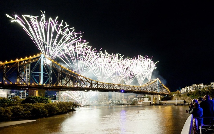 Story Bridge during Brisbane's RiverFire pic by Marty Pouwelse, we watch this every year.