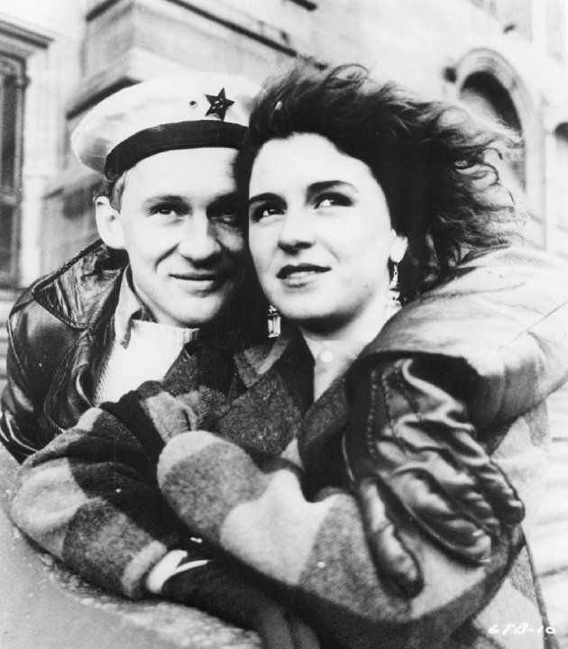 Still of Peter Firth and Alexandra Pigg in Letter to Brezhnev (1985)