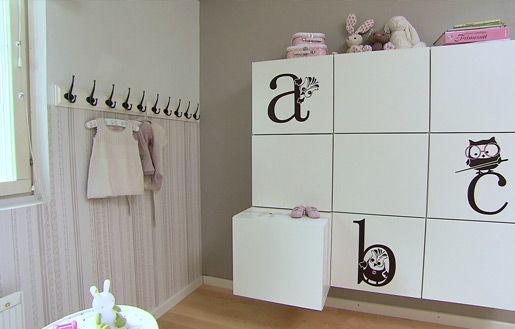 Säilytystilaa lastenhuoneeseen #vauvanhuone #babyroom #baby #romanttinen #hempeä #maalaisromanttinen