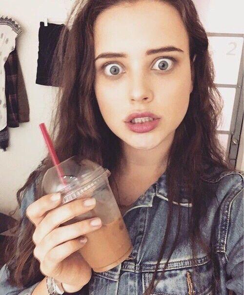 Ela é tão linda *-*