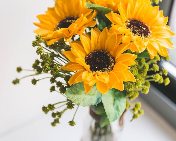 "- 4 sunflowers soap flowers assorted color flowers. - Measures appoximately 14""(36cm) tall (7 1/4""(18.5cm) tall vase only) - Includes at least 1 different Bushes and Bushes will vary - ITEM # : M1611 - Price : $30 - Delivery : fee not included email us for detail of delivery #www.keziaherez.com #Order keziaherez@gmail.com #mother's day gift #happybirthday gift #valentinesday gift #soapflower #love #flower stagram #flower"