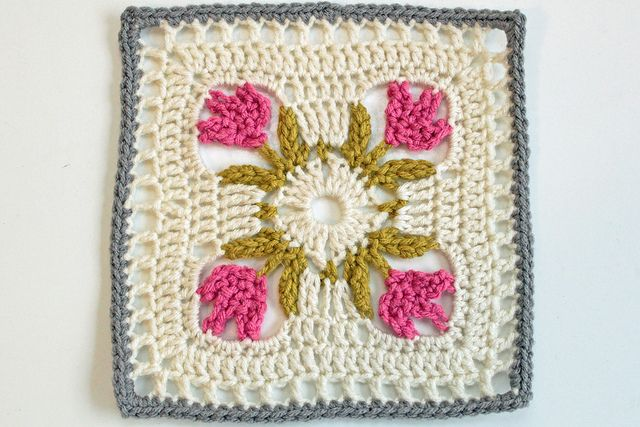 Free Crochet Rose Square Pattern : 17 Best images about Moogly Afghan Squares on Pinterest ...