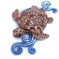 Learn how to make this polymer clay sea turtle to hang on the wall.