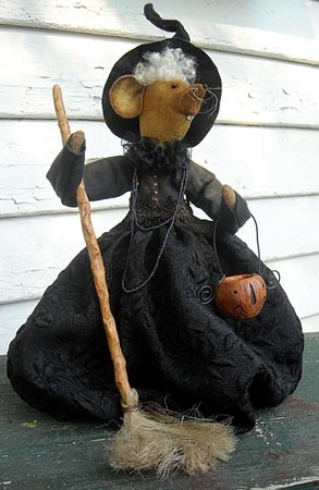"""""""Millie""""....witch mouse!: Primitive Hallows Een, Dolls Art, Fall Halloween Al Holidays, Ghoultid, Primitive Mice, Millie Witch Mouse, Halloween Ii, Primitive Halloween, Halloween Art"""