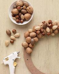 Mixed nut wreath
