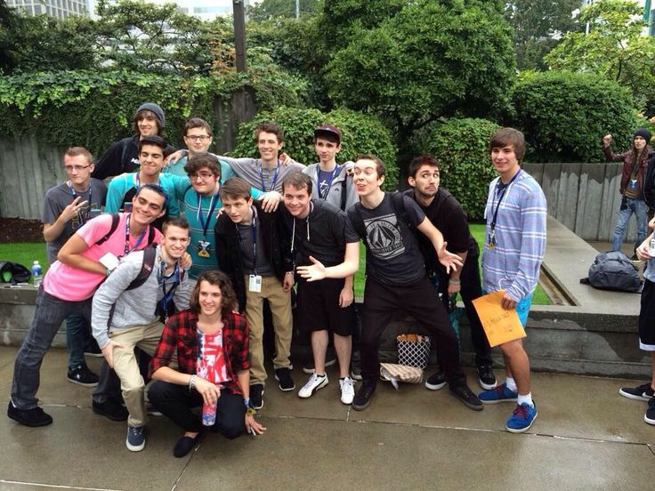 #cubemeetup at pax prime 2014 Back row left to right: KermitPlays, graser10, TheCampingRusher, Kiinqtonq, Devon_Mines, and MrMitch361 Middle row: Patclone, Grapeapplesauce, TYBZI, bayani, HBomb94 Front: ThatOneTomahawk, FollowKevn, and ChildDolphin