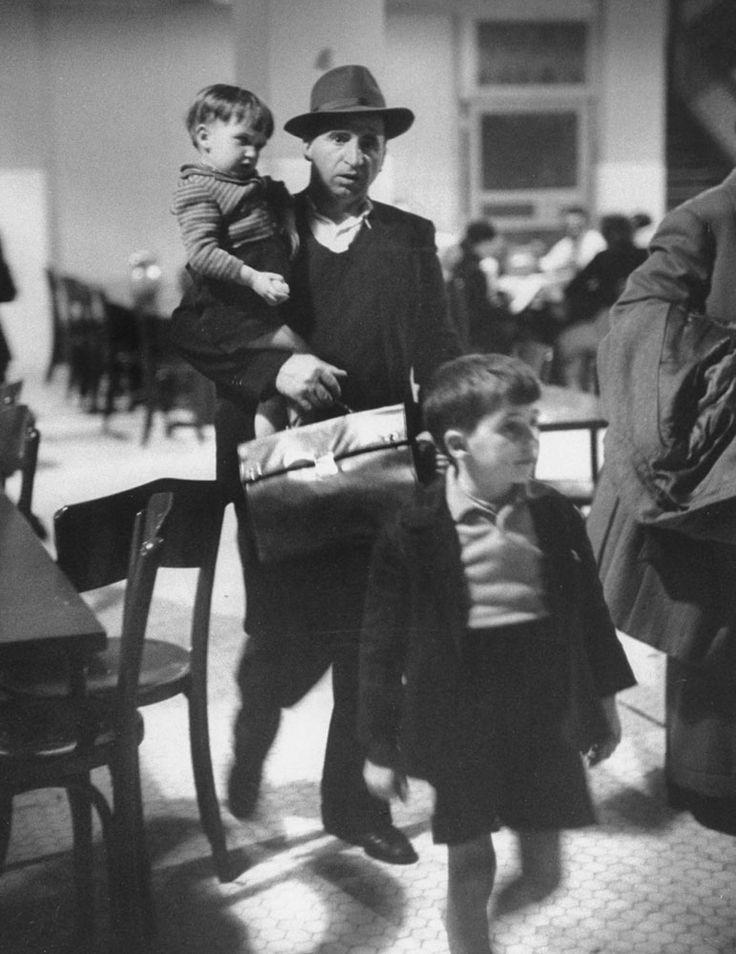 Immigration Ellis Island