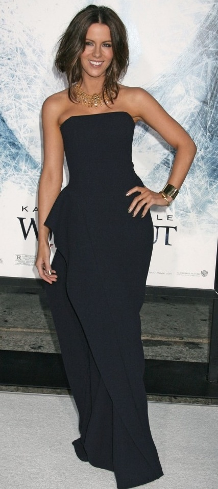 Kate Beckinsale                                                       …