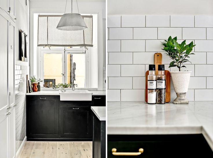Kitchen  Klassiskt kakel half tile från #sekelskifte Vit porslinsho från Ikea Kök Ikeastommar med luckor från #järfällakök