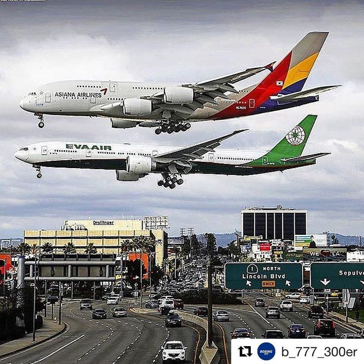 Very cool shot with a Boeing 777 and an Airbus A380 side by side at LAX by @b_777_300er #b777 #b777300er #losangelesintlapt #losangeles #laxairport #a380 #a380lax #planespotting #planeporn #planespotter #boeing #boeinglover #airbus380 #airbusindustries