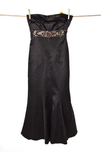 Czarna #sukienka z ozdobnymi kamieniami #Karen #Millen   #wzorcownia Like #oscar #dress