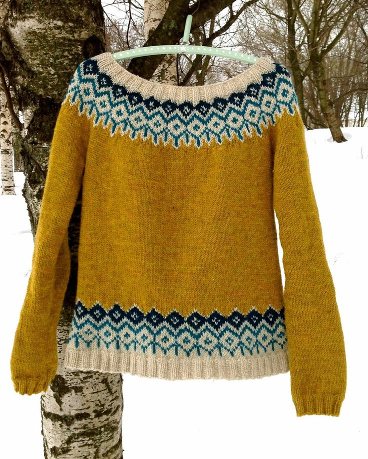 Knitted sweater with yarns from Cascade and Drops/ Stickningskiosken by Veronika Veronika