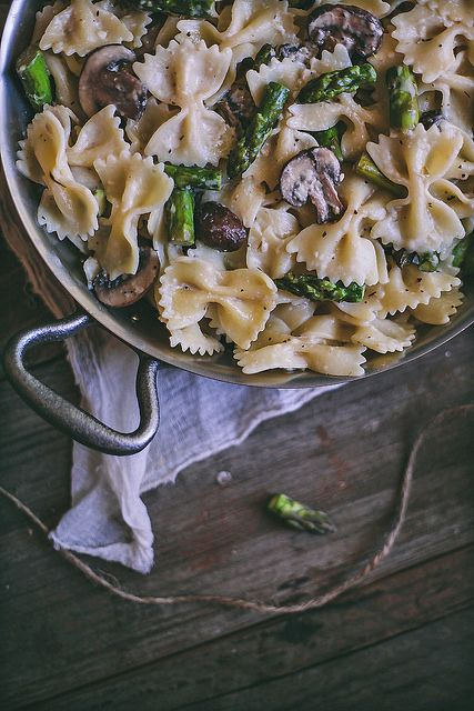 Creamy Bow Tie Pasta with Mushrooms & Asparagus