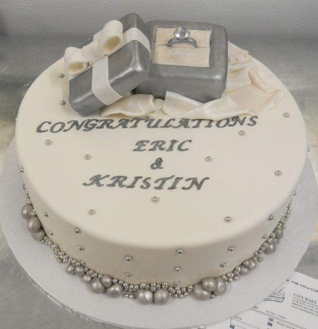 Engagement Cake Decorating Ideas : 25+ best Engagement cakes ideas on Pinterest