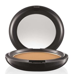 MAC Pro Longwear Powder/Pressed I fargen light