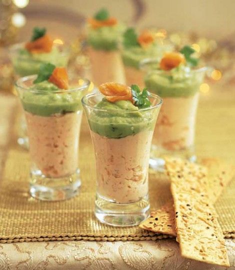 smoked salmon and guacamole shots - could use readymade 666_1