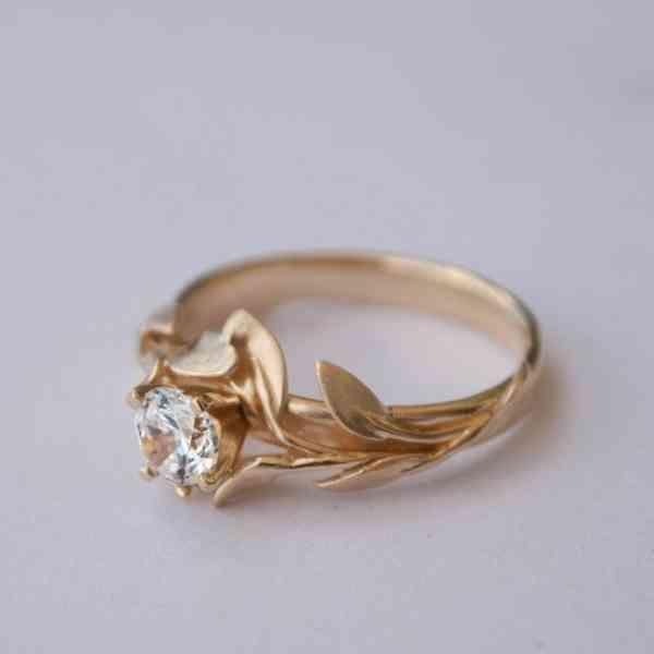 La bague de fiançailles. Trouvez le meilleur anneau dans notre galerie pour déclarer votre amour!