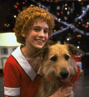 Sarah Jessica Parker as Annie on Broadway  :)  'Annie' won the Tony for Best Musical in 1977.